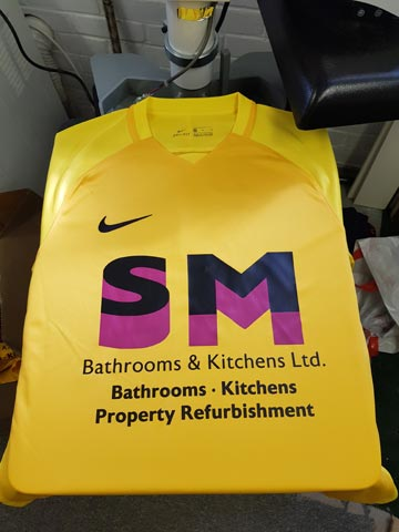 Bashley FC, football club, burgundy, black, vinyl, transfer, heat press, printed, football shirt, football kit, t-shirt printing, commercial, sports, sponsor logo, kit printing, Bournemouth, Poole, Dorset, text
